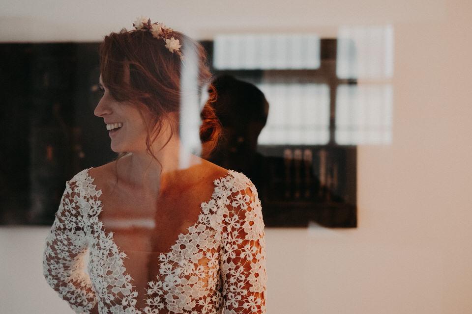 Shooting inspiration mariage industriel et minimaliste. Bel Esprit Photographie - https://belesprit.fr